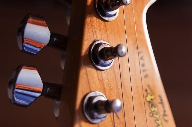 squier-gitarre-griff